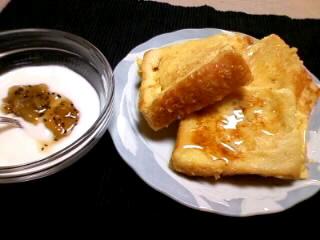 パサついたパンはフレンチトーストに