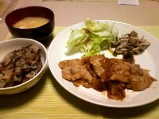 ひじきご飯&生姜焼き