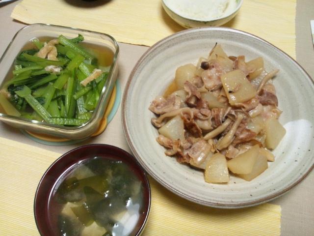 小松菜の煮浸し、豚バラと大根の蒸し煮