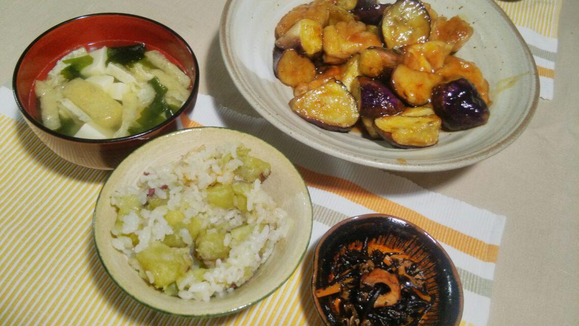 サツマイモご飯とか、キムチ入りお好み焼きとか